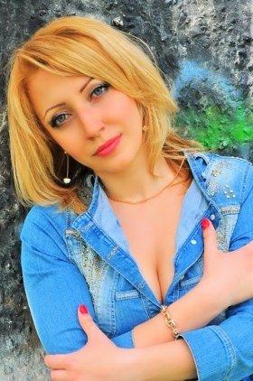 LINA's profile picture