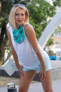 Yuliya 's profile picture