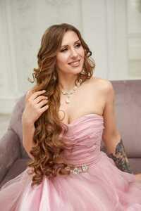 ANGHELA's profile picture